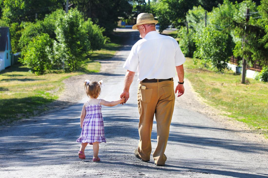 Могут ли внуки претендовать на наследство бабушки или дедушки?