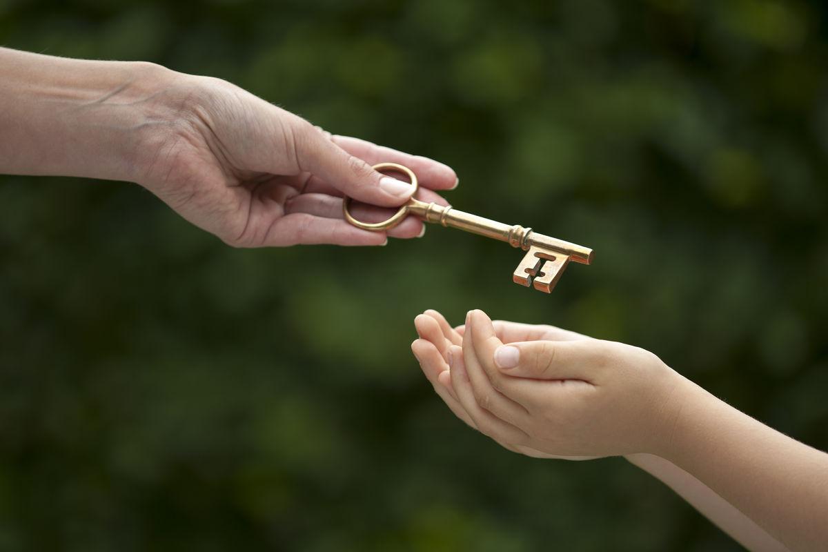 Наследство и несовершеннолетние дети: как не быть обманутым