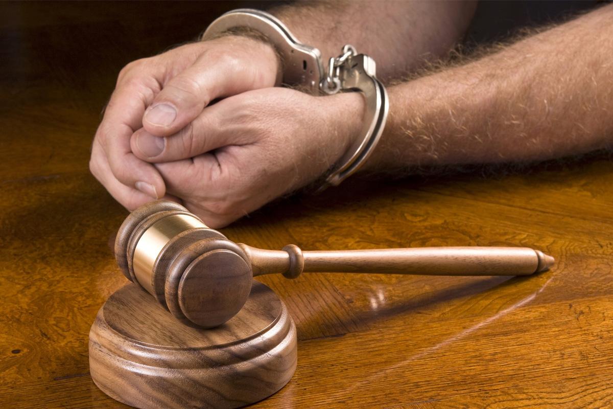 Развод с осужденным супругом через ЗАГС: как развестись, если муж сидит в тюрьме, и может ли он сам подать заявление на расторжение брака