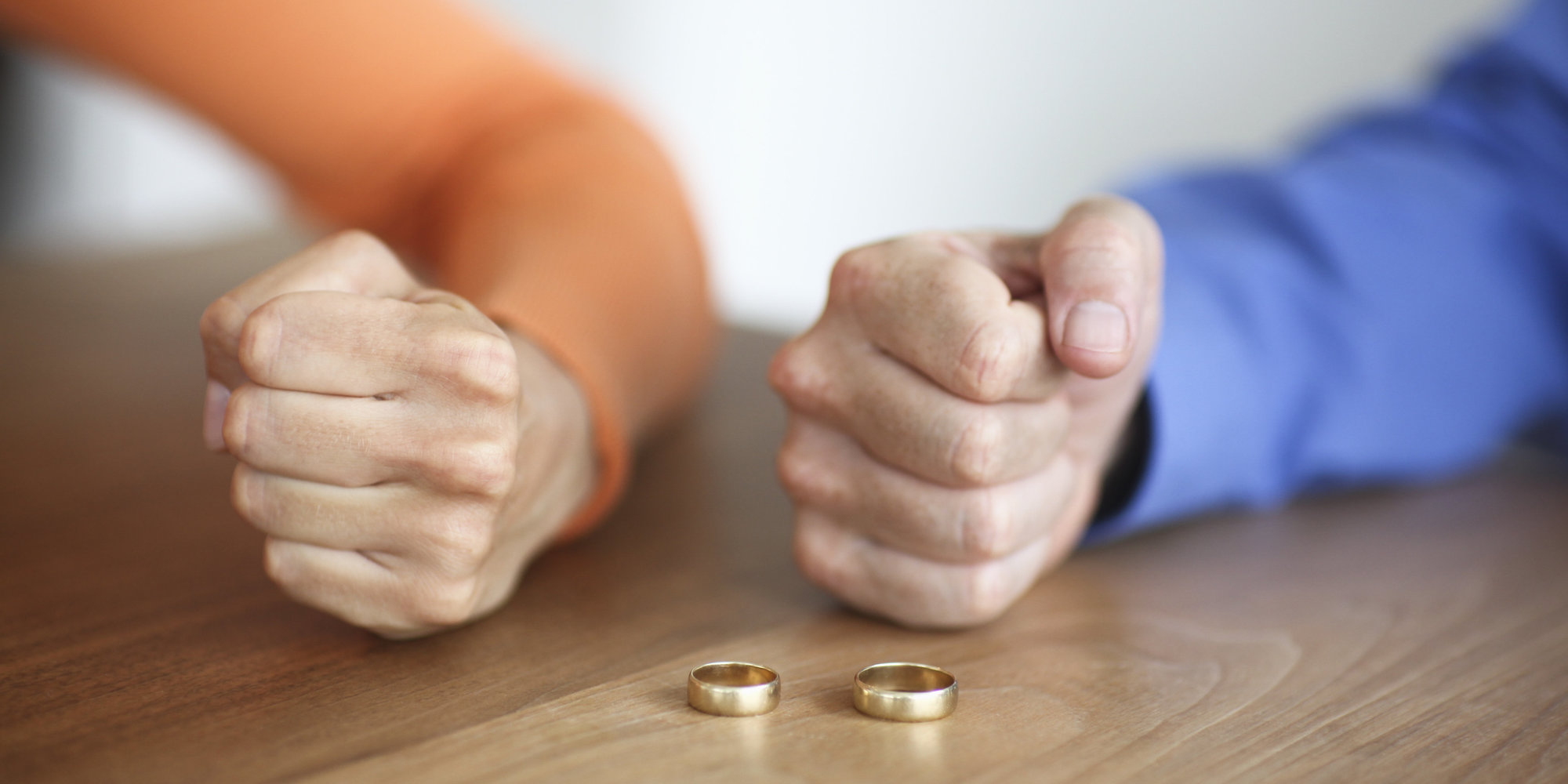 Может ли при разводе жена оставить детей на воспитание мужа